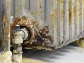 Koroze je největším nepřítelem starých otopných systémů, ovšem naším nepřítelem je ohromný objem ohřívané vody