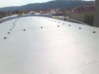 Střecha opatřená PVC fólií