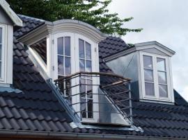 Vikýře umožňují i instalaci francouzského okna a malého balkónku, ocení to nejen kuřáci