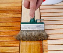 Ochranný nátěr dřevěného zahradního nábytku