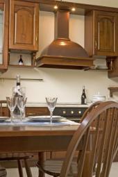 Kuchyňská linka z masivu
