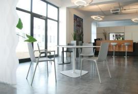 Kavárenská židle
