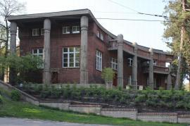 Bílkova vila, Mickieviczova, Praha - sanace vlhkého zdiva suterénu, izolace sklepů a teras