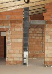 Nový komín v novostavbě - vyvložkované betonové komínové tvárnice