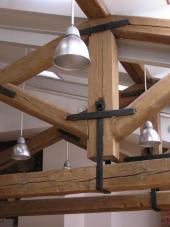 Původní přiznané části krovu v interiéru