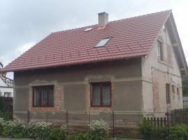Nová střecha, chabí ještě okapy