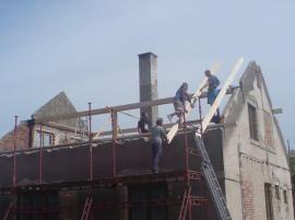 Zahájena realizace nového krovu