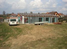 Výstavba bungalovu ze systému Iron Houses