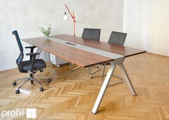 Kancelářský stůl Polygon