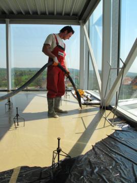 Realizace lité podlahy