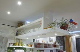 Nově vytvořený interiér pomocí sádrokartonu