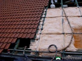 Zateplení střechy stříkanou pěnou