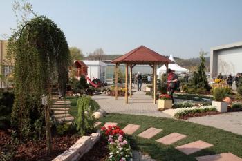 Fotografie z loňského ročníku Stavebních veletrhů Brno - tématického celku 'Zahrada a hobby'