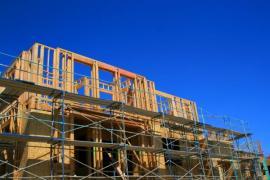 Rámová konstrukce dřevostavby, opláštění - zpevnění OSB deskami