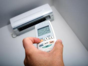 Ovládání klimatizace dálkovým ovladačem