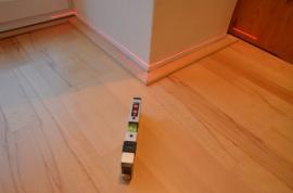 Měření rovinnosti podlah pomocí laserového přístroje