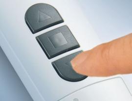 Ovládání vysílače BECKER pouhým dotekem prstu