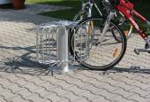 Cyklostojan paprskový 1968