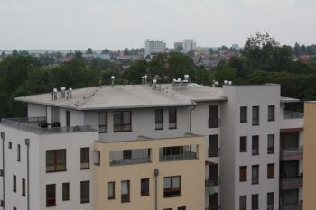 Nová střecha na bytovém domě