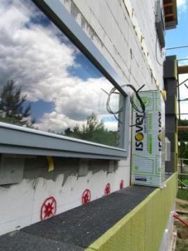 Provádění profesionálního zateplení Isover TWINNER na energeticky pasivním domu