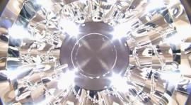 4 rozsvícené LED žárovky systému Smart LED