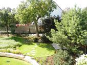 Zahrada rodinného domu v Praze 6