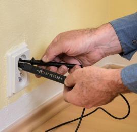 Kontrola funkčnosti všech zásuvek a vypínačů