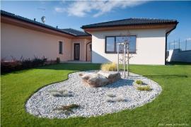 Přírodní travní koberec