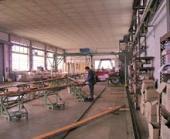 Příprava panelů ve výrobní hale