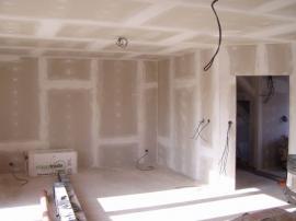 Sádrokartonová příčka, předsazená stěna a stropní podhled