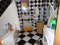 Původní stav - Koupelna s šachovnicovým obkladem