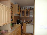 Původní stav - Kuchyň byla starší, ale funkční