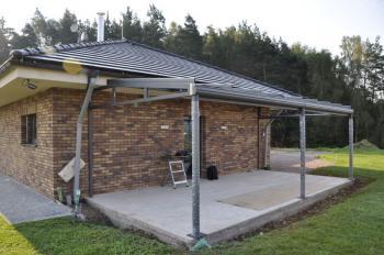 Příklad instalace na betonový plošný základ