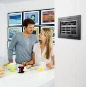 Centrální ovládání celého domu pomocí dotykového displeje Unica