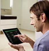 Ovládání systému celého domu pomocí tabletu