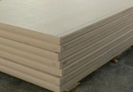 Opláštěné izolační panely z lisované slámy