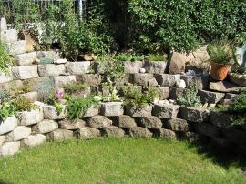 Opěrná zeď z tvarovek GEOSTONE – mini