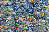 PET lahve určené k recyklaci