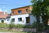 Realizace 'pasivního bydlení' rekonstrukcí domu v Brusné