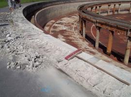 Odstranění nesoudržného betonu při sanaci nádrže