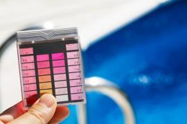 Kontrola pH bazénové vody