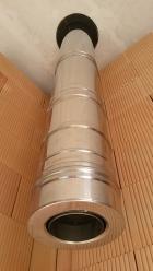 Nerezový komín Schiedel ICS50 DN 150 použitý jako svislý kouřovod vnovostavbě.