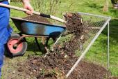 Prosévání kompostu