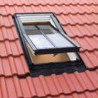 Atypické okno s dělící příčkou