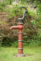 Ruční pumpa