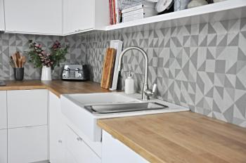 Realizované obklady v kuchyni