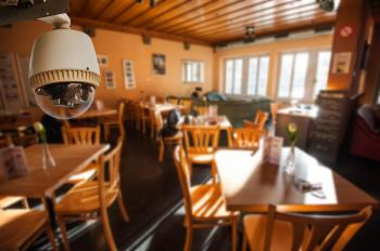 Instalace kamery v restauraci