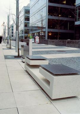 Betonový městský mobiliář - lavičky
