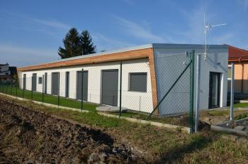 Také na malém pozemku se dá postavit netradiční dům.