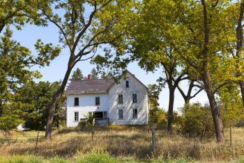 Dům určený k rekonstrukci, kdo však chce bydlet v parku ...
